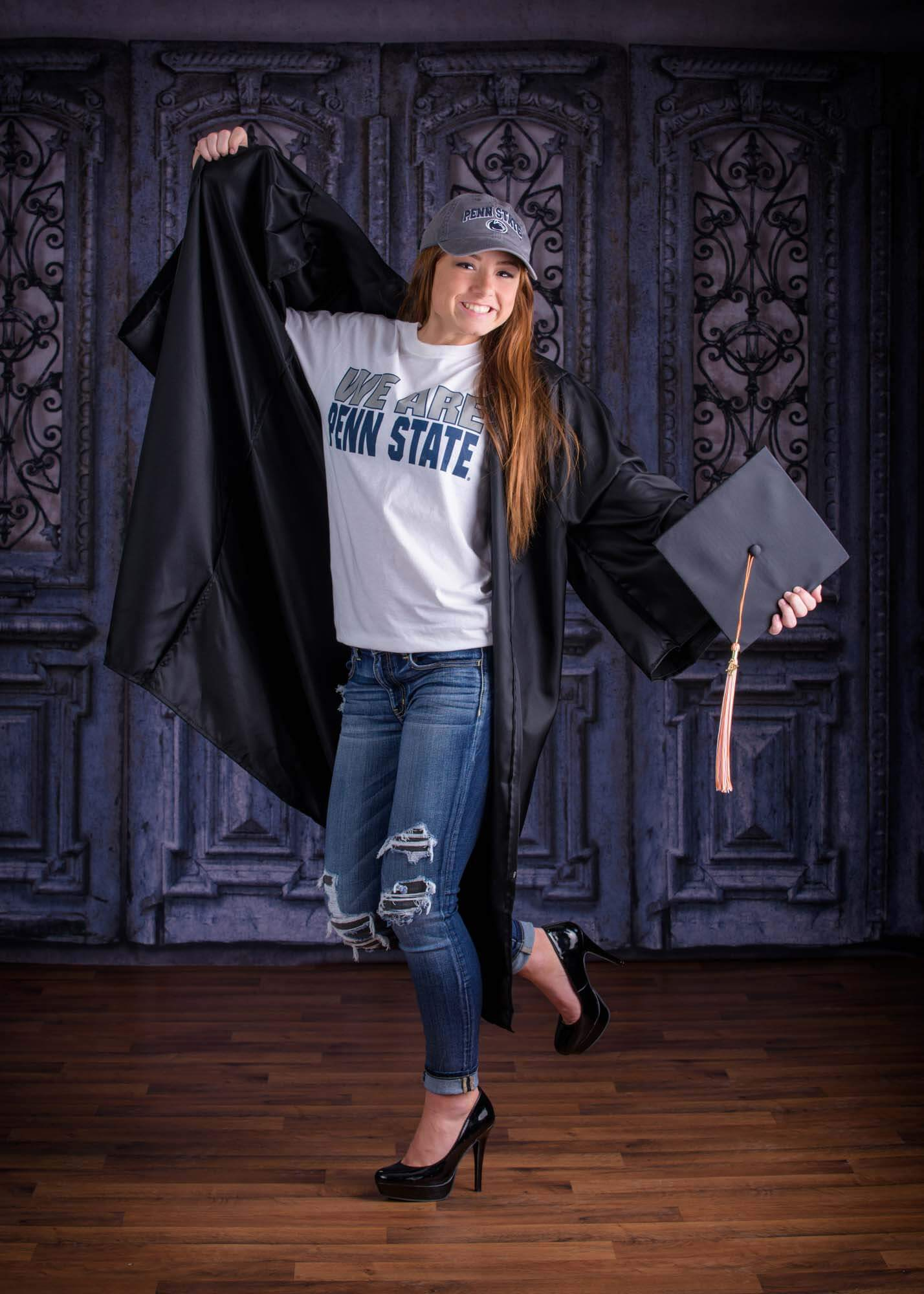 senior picture girl cap and gown fun